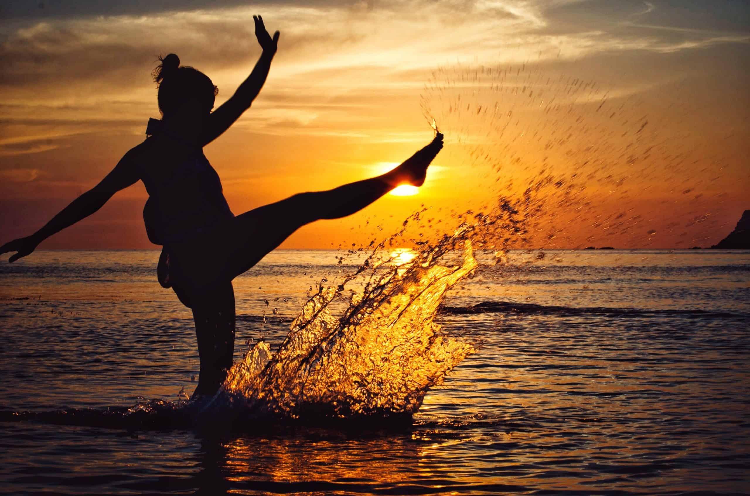July morning - свободата да плуваш към слънцето